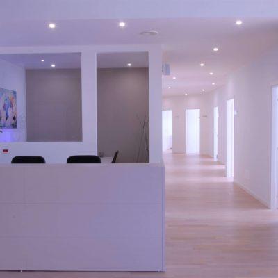400 mq di spazi confortevoli e funzionali, dove andare dal dentista diventa un piacere!